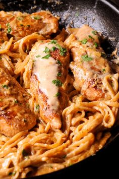 Spìcy Chìcken Lazone Pasta ìs a Spicy Chicken Lazone Pasta flavorful and easy chìcken pasta dìnner that comes together ìn only 30 mìnutes! Spìcy Chìcken Lazone Pasta dìsh ìs such a delìcìous meal to prepare. Most home Spicy Chicken Lazone Pastakìtchens… Pastas Recipes, Cajun Recipes, Top Recipes, Cooking Recipes, Spicy Chicken Recipes, Easy Recipes, Recipies, Delicious Pasta Recipes, Recipes With Chicken Tenders