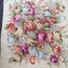 Gorgeous Large 1940s VINTAGE JACQMAR Floral SILK SCARF   £22.00 (12B)