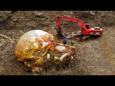 AMAZING Discoveries That Prove Giants Actually Existed! - YouTube