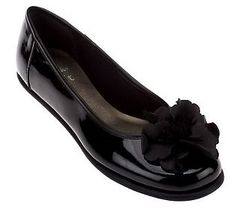 Clarks Book End Leather Flats with Flower Detail ... QVC, $64.50