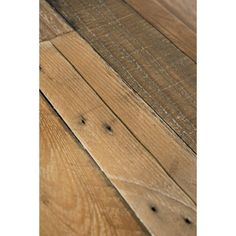 The Gray Barn Buffalo Horn Hand Crafted Shipping Pallets Bench - Natural Countertop Materials, Wood Countertops, Reclaimed Wood Beds, 9 Drawer Dresser, Pallet Bench, Solid Wood Dining Chairs, Dining Table, Shipping Pallets, Diy Pallet Projects