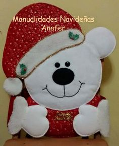 Manualidades Anafer: Cubresillas Navideños Christmas Chair, Christmas 2017, Christmas Projects, All Things Christmas, Christmas Lights, Christmas Time, Christmas Ornaments, Felt Crafts, Diy And Crafts