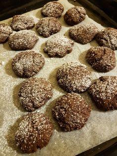 Biscotti al cioccolato e yogurt al cocco