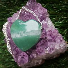Green Aventurine loveheart necklace, great for increasing happiness and confidence ☺