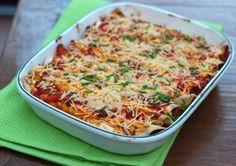 In onze food photos hadden we een foto geplaatst van onze wraps uit de oven en hier is nu eindelijk het recept! Het is een heel lekker basis recept waaraan je zelf nog allerleiingrediëntenkunt toevoegen. Om het recept helemaal gemakkelijk te maken kun je ook een zakje met voorgesneden groenten gebruiken. Tijd: 20 min. + …