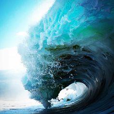 #naturalbeauty #wave #beauty #beautifull #surfer #surf #surfergirl #ocean #beach #ingravidos