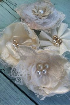 Set of 4 Ivory Fabric Flowers Linen Lace by RhysandRaesCreations, $22.00