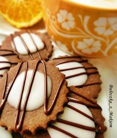Ciasteczka kakaowo – pomarańczowe Cookie Recipes, Deserts, Sweets, Sugar, Trufle, Cookies, Food, Thermomix, Backen
