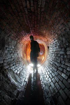 Montreal's sewers - Standing inside the lovely 147 year old egg-shaped section.