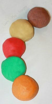 Simple, fail proof recipe for homemade playdough in yummy fall scents and colors.