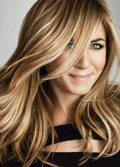 Jennifer Aniston lovely portrait ~ great hair, natch