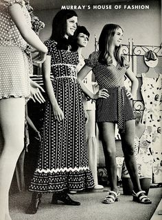 Mini skirt or Maxi dress? How can one decade have so many styles? The 70s had so many trends that there was one for everyone to grab on to. When it came to skirt lengths you could wear any length and still be fashionable and up to date.There were 3 main hem lengths to choose from; the mini, the midi, and the maxi!
