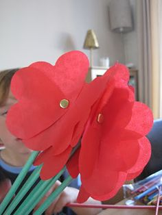 TheMadHouse: Children's Craft Showcase - How to make paper flowers