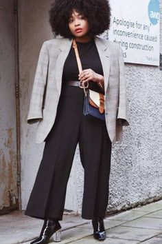 Your Work Week Style: An Outfit for Every Day