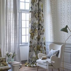 Large scale birch hued florals on a soft and saturated neutral textural ground, digitally printed on a softly tumbled pure linen ground. A perfect floral f Curtains Living Room, Living Room Colors, Colorful Curtains, Curtains Living, Living Room Windows, Room Decor, Sofa Decor, Curtain Designs, Classic Curtains
