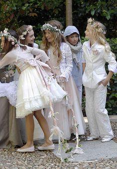 "kirby-ann: "" First Communion day "" Baby Girl Dresses, Cute Dresses, Flower Girl Dresses, Baby Girl Fashion, Kids Fashion, Holy Communion Dresses, Dress Hairstyles, Girly, Stylish Kids"