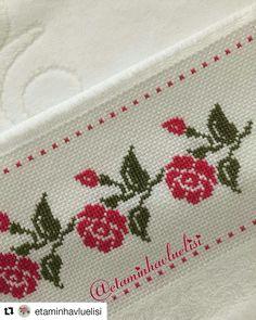 Cross Stitch Boarders, Cross Stitch Art, Cross Stitch Flowers, Cross Stitch Designs, Cross Stitching, Cross Stitch Embroidery, Cross Stitch Patterns, Hand Embroidery Design Patterns, Hand Embroidery Flowers
