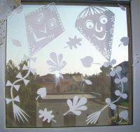 podzimní vystřihovánky Diy And Crafts, Crafts For Kids, Arts And Crafts, Projects For Kids, Art Projects, Windows Color, Paper Stars, School Decorations, Kirigami