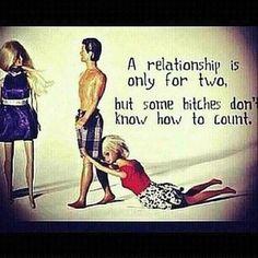 Les relations sont faites pour être vécues à deux ... EN THEORIE... #BITCHES