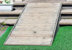 Find out what you need to know to build a ramp and offer easy access to folks using a wheelchair or mobility scooter. Handicap Accessible Home, Handicap Ramps, Ramp Design, Deck Design, Porch With Ramp, Dog Ramp For Stairs, Wooden Ramp, Shed Ramp, Diy Deck