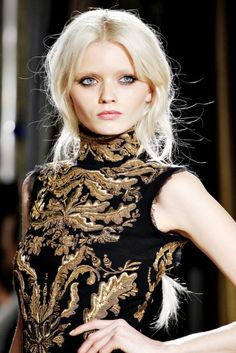 What Jocelyn Baratheon would have worn, PucciJocelyn Baratheon was the wife of Prince Aemon Targayren who was the heir of his father, King Jaehaerys I Targaryen. However he died before inheriting the throne. They had one daughter Princess Rhaenys Targaryen, the queen who never was