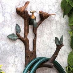 Garden Hose Storage: 10 Stylish Solutions