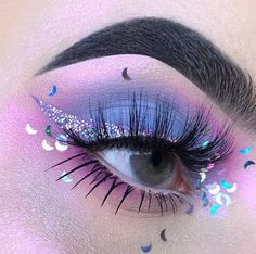 Purple eye makeup #makeup #makeupartist #makeupgoals - credits to the artist