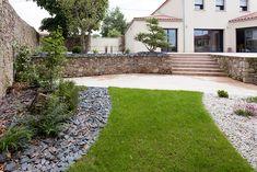jardin-paysager-jardins-de-vendee25 Sidewalk, Gardens, Garden Landscaping, Landscape Planner, Walkways, Pavement, Curb Appeal
