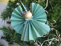 Angel Christmas Tree Ornament Mint Green Paper von SnowNoseCrafts, $4,00