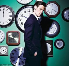 notice how the big clock behind matt says 10:00 and not 11:00 even though matt smith is standing right there