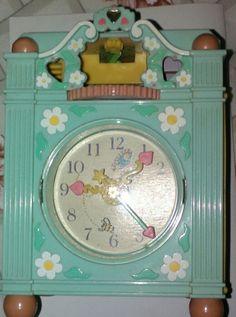 El bello reloj antiguo
