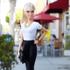 Always love a pencil skirt…looking sharp! ✏️ #barbie #barbiestyle