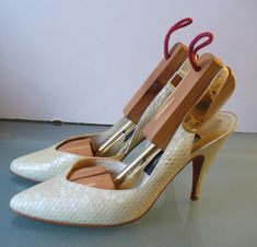Vintage Stuart Weitzman For Mr. Seymour Reptile Stiletto Heels Size 7.5US by TheOldBagOnline on Etsy