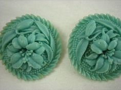 Vintage Light Aqua Celluloid Floral Wreath Round Clip on Style Earrings  .....3356