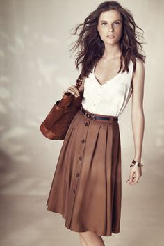 Lovely - I may need a sweater or shawl to cover my aging arms (facts of life)...but a charming look. #Skirt