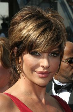 lisa rinna hairstyle pictures | Lisa Rinna