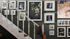 Excelente idea para decorar la pared de tus escaleras con Insta-Productos <3 ->  www.insta-arte.com.mx