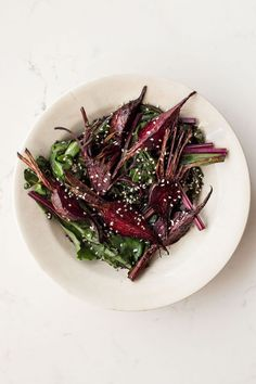 Sesame Ginger Roasted Beets - Dishing Up the Dirt Beet Recipes, Healthy Recipes, Savoury Recipes, Shrimp Recipes, Clean Recipes, Healthy Meals, Pasta Recipes, Soup Recipes, Cake Recipes