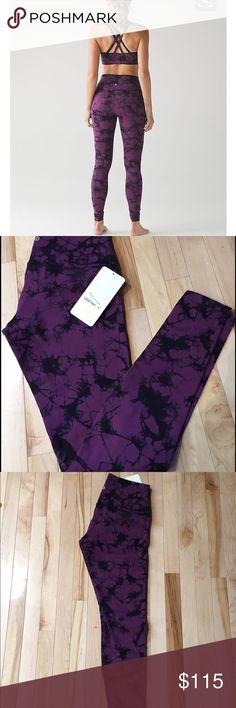 NWT Size 10 Lululemon Shibori Wunder Under HR Brand New Shibori Tie Dye High Rise Wunder Under pants in Luxtreme, Size 10 - sold out online and in stores lululemon athletica Pants Leggings