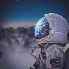 Planets Wallpaper, Galaxy Wallpaper, Astronaut Drawing, Astronaut Wallpaper, Space Artwork, Aesthetic Space, Space Illustration, Astronauts In Space, Space And Astronomy