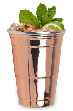 Perfect for everything from Moscow Mules to IPAs, this essential cup is cast in shining copper plate for a stylish upgrade to a party classic.