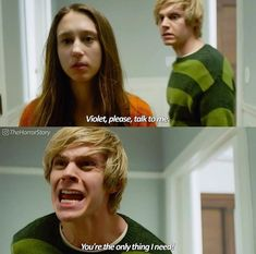 Image uploaded by 【NIKI】. Find images and videos about american horror story, story and ahs on We Heart It - the app to get lost in what you love. Ahs, American Horror Story Funny, American Horror Story Seasons, Tate And Violet, Evan Peters, Film Serie, Emma Roberts, Series Movies, Hair Brush