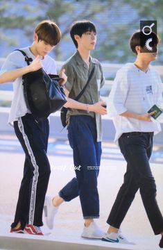 Chill Outfits, Boy Outfits, Casual Outfits, Korean Fashion Men, Mens Fashion, Airport Style, Airport Fashion, Sweatpants Style, Nct Ten