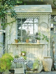 How cute is this little garden shed? How cute is this little garden shed? Garden Cottage, Home And Garden, Backyard Sheds, Garden Sheds, Potting Sheds, She Sheds, Garden Structures, Shed Plans, Back Gardens