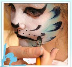 Curso Halloween                                                       … Carnival, Halloween Face Makeup, Crafts, Painting, Google, Home, Cat Makeup, Kids Makeup, Halloween Makeup