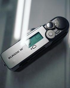 "filmcameratokyo auf Instagram: "". Fujifilm Klasse W . #fujiklassew #fujiklasse #pointandshoot #filmcamera #フィルムカメラ"""