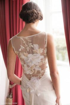 Claire Pettibone 'Willow' wedding gown | Photographed by Joseph Matthew Photography