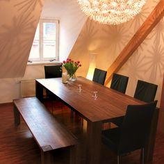 #Tisch und #Bank in #Nußbaum