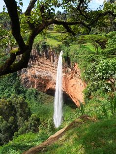 Sipi Falls, Jinja  Wonderful Uganda http://www.travelandtransitions.com/destinations/destination-advice/africa/