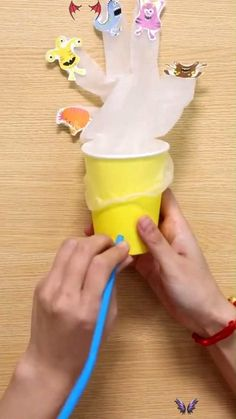 Vanish hand   Craft for kids Easy to make but impressive result. Kids will keep them entertained for hours.<br>
